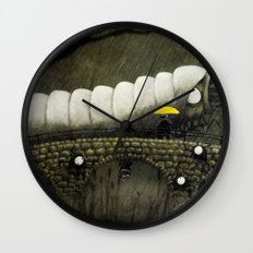 Uncospicuolicious Wall Clock