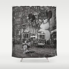 istiklal_snowman Shower Curtain