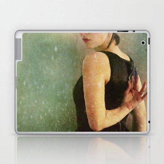Undress Laptop & iPad Skin