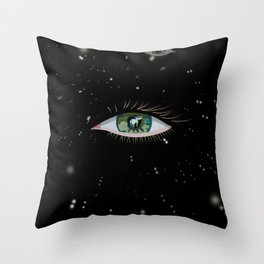The eye of the universe Throw Pillow
