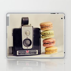 A Brownie and some macarons Laptop & iPad Skin