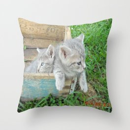 Twins chillin  Throw Pillow