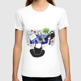 Female and feline2 T-shirt