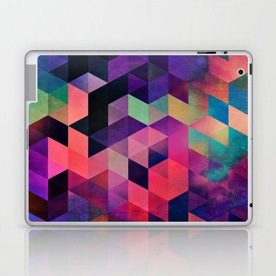 rykynnzyyll Laptop & iPad Skin