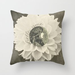 Belle ame Throw Pillow