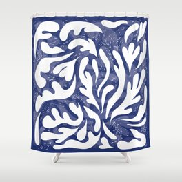 echo of the waves Shower Curtain