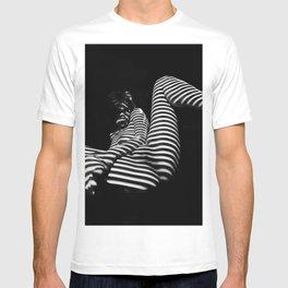 7379-KMA BW Naked Zebra Woman Spread Striped Legs Presenting T-shirt