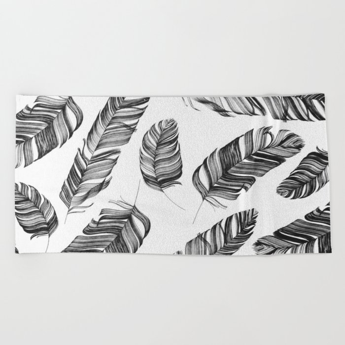 Black and white feathers Beach Towel