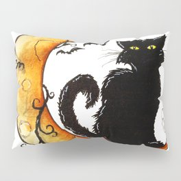 The cat and the moon Pillow Sham