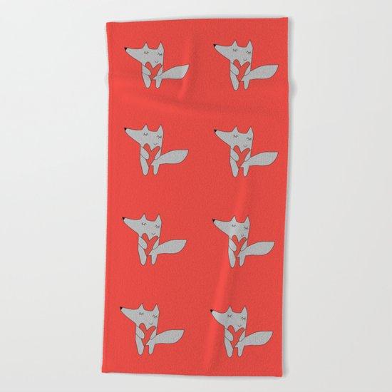 Fox in love red Beach Towel