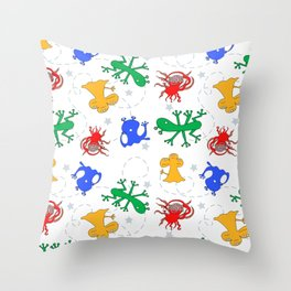 Aliens in space - white background Throw Pillow