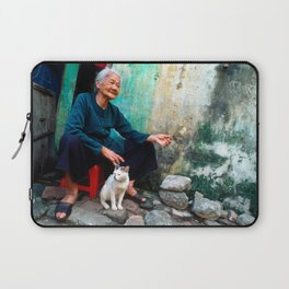 Vietnamese Woman with White Cat Laptop Sleeve
