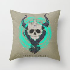 A KING IN DEATH Throw Pillow