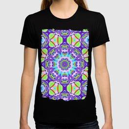 Decorative Kaleidoscope with little Hearts T-shirt