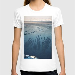 Ilulissat Greenland: The land of dog sleds and Midnight Sun T-shirt