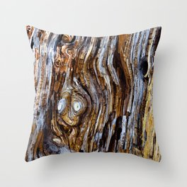 The Screaming Knot Throw Pillow