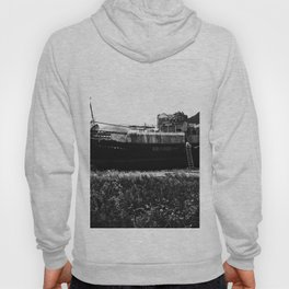 Shipwreck on the beach Hoody