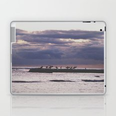 Surfers- Oahu-Honolulu Laptop & iPad Skin