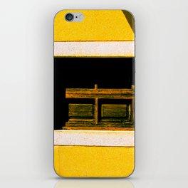 Les Vieux Obsolètes iPhone Skin