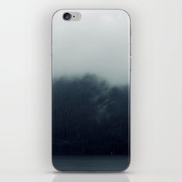 misty mountains 02 iPhone Skin