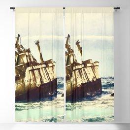 shipwreck aqrefn Blackout Curtain