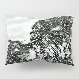 Big Cat Models: Magnified Snow Leopard and Cub 01-04 Pillow Sham