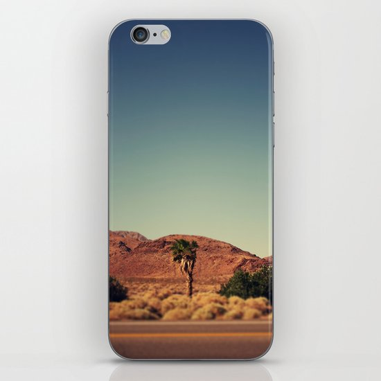 Joshua Tree. iPhone & iPod Skin