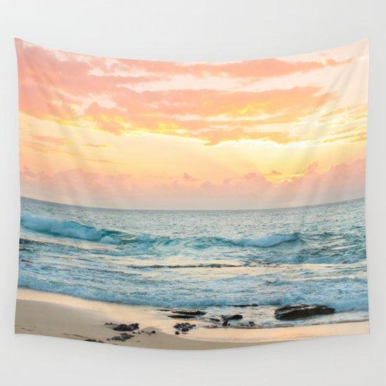 Honolulu Sunrise by amymichele