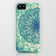 Emerald Doodle iPhone (5, 5s) Slim Case