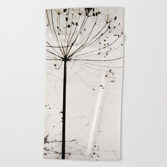 Herbstblume Beach Towel