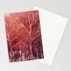 Alberi rossi nel bosco Stationery Cards