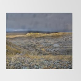 Glorious Grasslands Throw Blanket