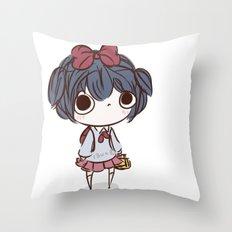 qt face Throw Pillow