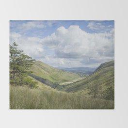 Glengesh Pass Throw Blanket