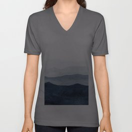 Indigo Abstract Watercolor Mountains Unisex V-Ausschnitt