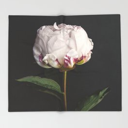 Peony - simply perfect Throw Blanket