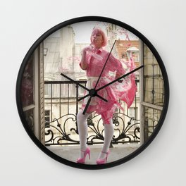Lait de Fraise - Le Grand Spectacle du Lait // The Grand Spectacle of the Milking Wall Clock