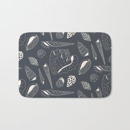Sea shells pattern Bath Mat