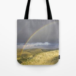 """If you want the RAINBOW you've got to deal with the rain"" Tote Bag"