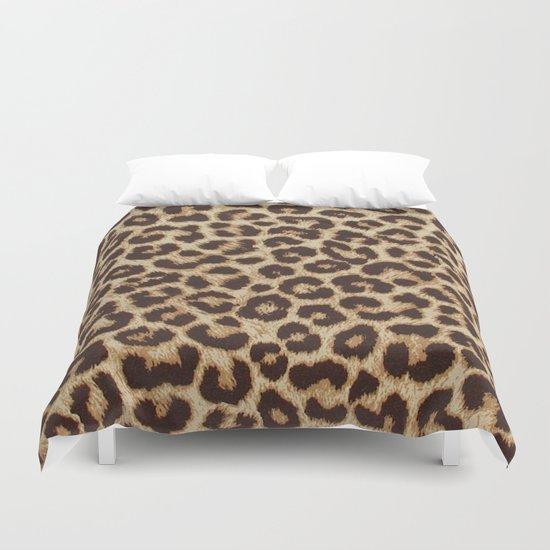 Leopard Print by mesutok