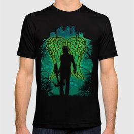Winged survival. T-shirt