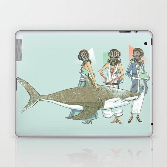In Oceanic Fashion Laptop & iPad Skin