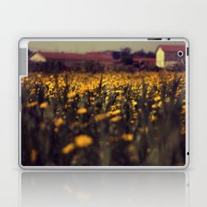 a sea of daisies Laptop & iPad Skin