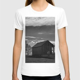A Rural Iowa Deserted Shed T-shirt