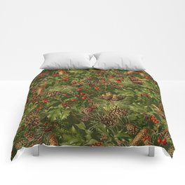 Traditional Holly Christmas Pattern Comforters