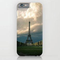 Paris, the Eiffel Tower in November iPhone 6s Slim Case