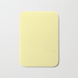 Yellow Lemon Fruit Slices Pattern Bath Mat