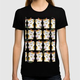 Lucky cat, calico maneki, black pattern T-shirt