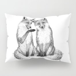 Gossip foxes Pillow Sham