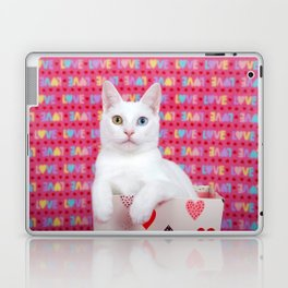 Love Kitten Valentine's Day Laptop & iPad Skin
